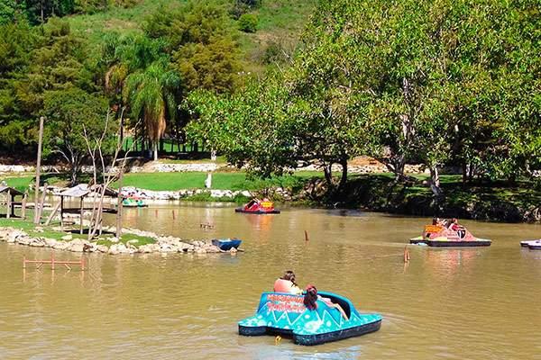 Parque Macaquinhos Turismo
